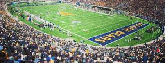California Memorial Stadium is one of Pac-12 Football.