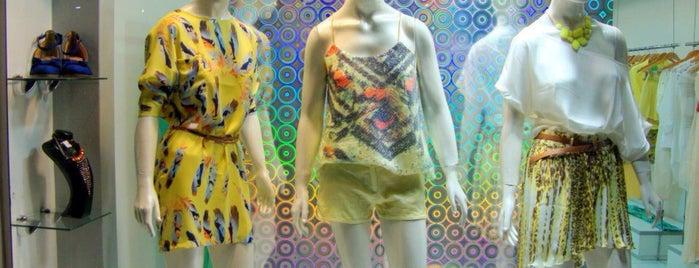 Vest fashion is one of Cartório Rua SP Bolivar.