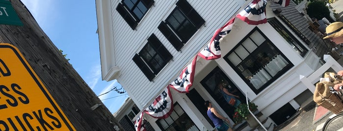Perry's Wine & Liquors is one of Provincetown.