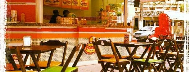 Pointt's Burgers is one of Onde comer bem em Aracaju, Sergipe..