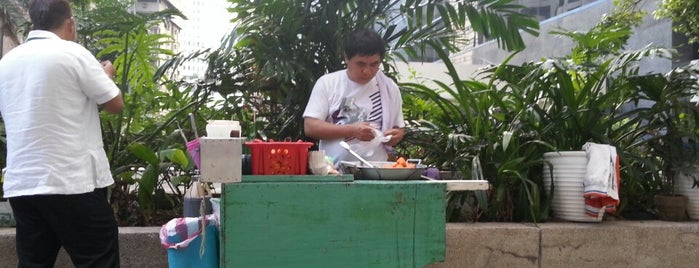 Ate Janey's Fishball Stand is one of Guide to Makati City's best spots.