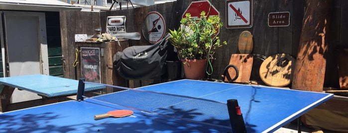 Tee Off Bar is one of The 16 Coolest Outdoor And Patio Bars In SF.