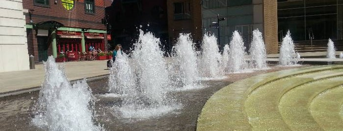 Brindleyplace is one of Places that make me happy.