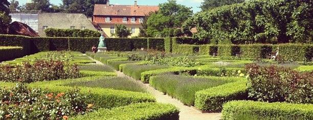 Rosenberg Castle is one of København.