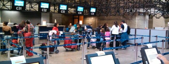 Aeroporto Internacional de São Paulo / Guarulhos (GRU) is one of Free WiFi Airports.