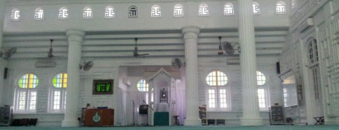Masjid Jamek Tanjong Malim is one of masjid.