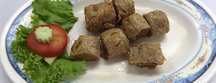 ซ้งฮื้อหม้อไฟ is one of Thailand Must Eat.