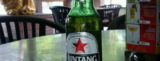 The PUB sport bar&resto is one of Baliごはん.