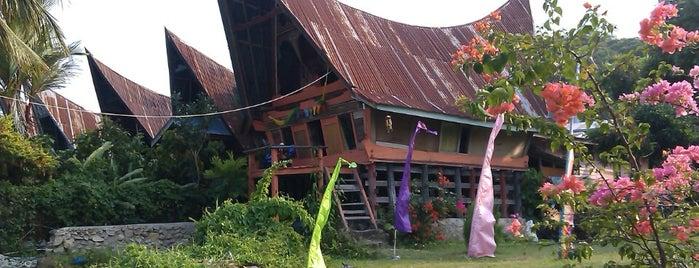 Tuk Tuk is one of Must-visit Lakes in Samosir.