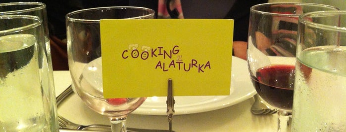Cooking Alaturka is one of Istambul food.