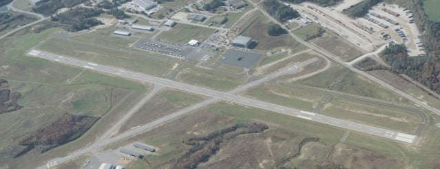 Auburn-Lewiston Municipal Airport (LEW) is one of Hopster's Airports 1.