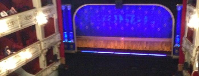 Teatre Principal is one of Teatros/Cines.