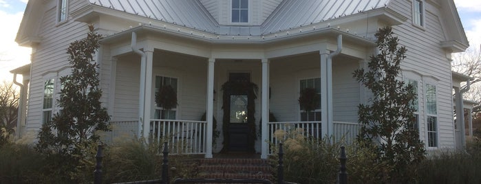 Magnolia House BnB is one of Historic Hotels to Visit.
