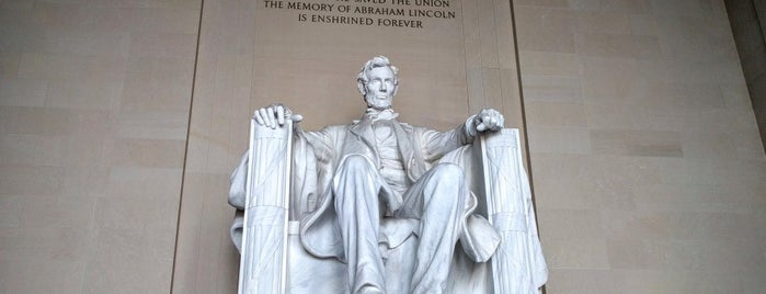 Monumento a Lincoln is one of Bucket List Places.