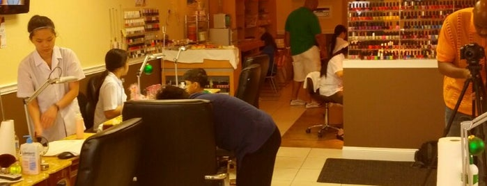 Envy Nail Spa is one of Places I visit.