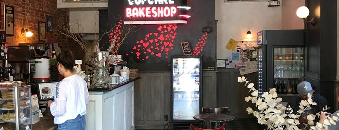 Little Cupcake Bakeshop is one of USA Brooklyn (Bed Stuy & Crown Heights).
