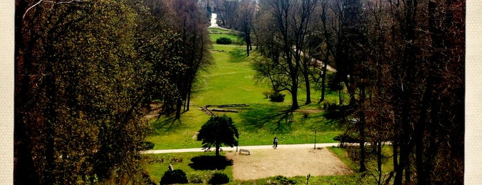 Schloßpark Buckow is one of Brandenburg Blog.
