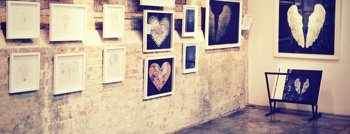 Stolen Space Gallery is one of Shoreditch.