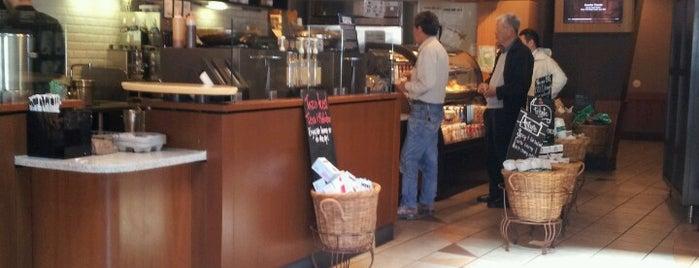 Starbucks is one of Must-visit Food in San Francisco.