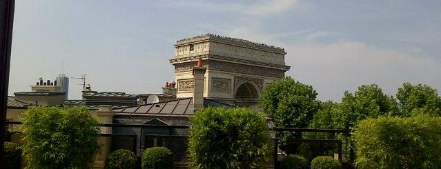 Avenue Marceau is one of Remarque'able Places. Paris..