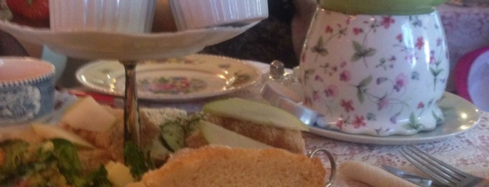 La-Tea-Da! Tea Room & Parlour is one of RIT Bucket List.