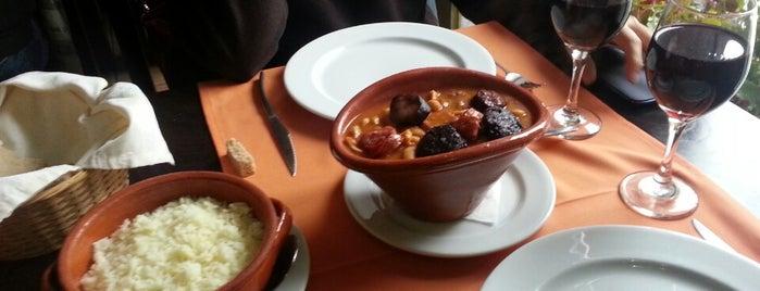 Brasão is one of Restaurantes.