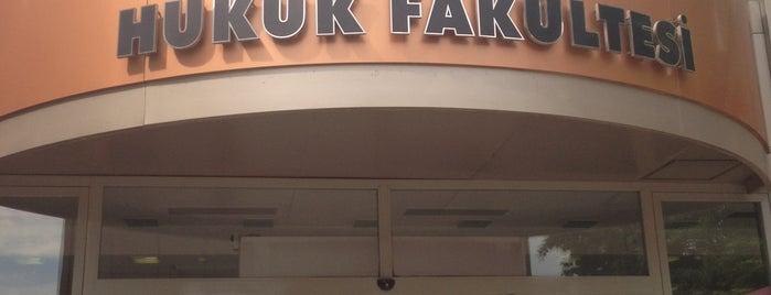İstanbul Kültür Üniversitesi is one of İstanbuldaki Üniversiteler ve Kampüsler.