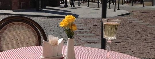 Café Montmartre is one of Литва.