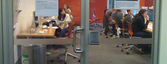 UTS Building 2 Mac Lab is one of Visit UTS.