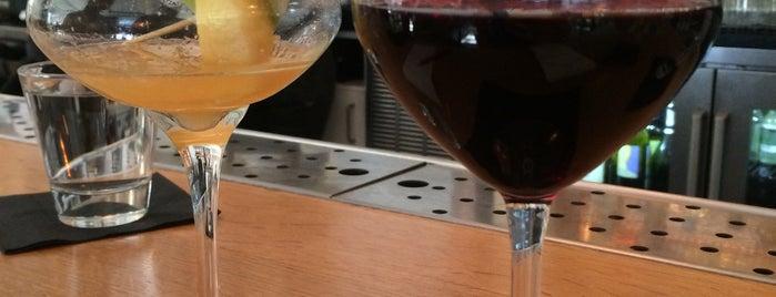 Pacci Italian Kitchen & Bar is one of Savannah.