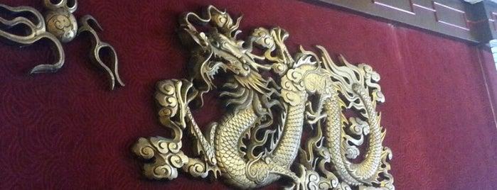Dragon Oro is one of Comida.