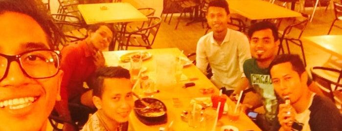 Restoran Yaya is one of Makan @ PJ/Subang (Petaling) #7.