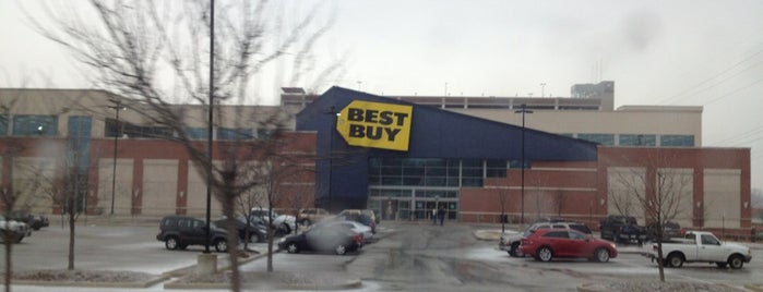 Best Buy is one of Black Friday 2011.