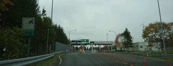 奈井江砂川IC is one of 道央自動車道.