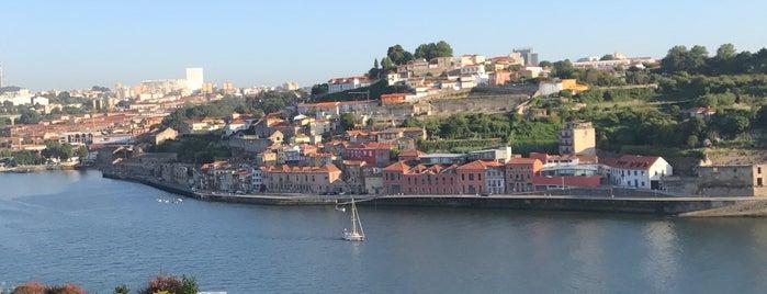 Miradouro Ignez is one of Restaurantes (Grande Porto).