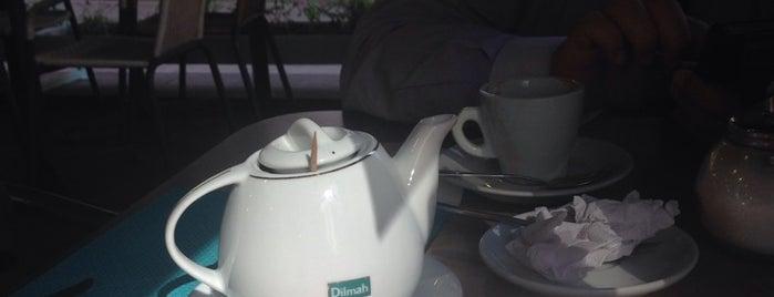 Café con Cuento is one of Bares, restaurantes y otros....