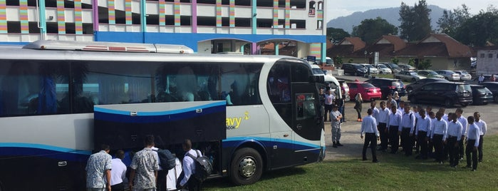 Lumut Bus Station is one of Social around the world.