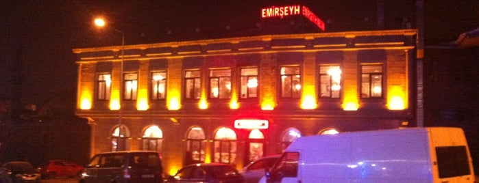 Tarihi Emirşeyh Köftecisi is one of Top 10 dinner spots in Erzurum.
