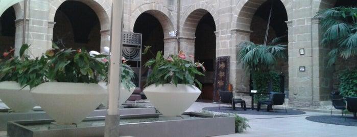 Restaurante Las Duelas is one of San sebastian.