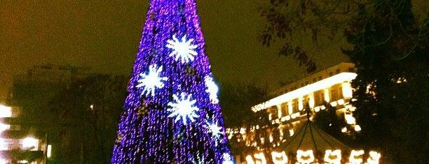 Площадь Фонтанов is one of Baku, AZ.