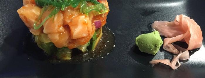 Miishi Sushi Club is one of Tenerife: restaurantes y guachinches..
