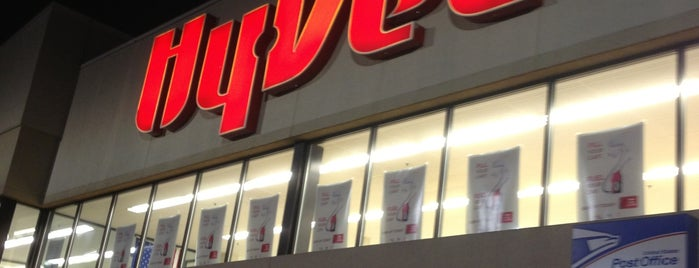Hy-Vee is one of Nearby.