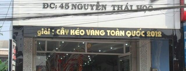 Salon Tóc Viễn Đông is one of Huế.