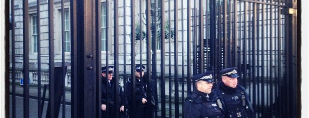 10 Downing Street is one of Places to Visit in London.