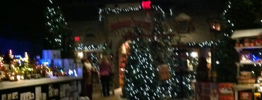 Yankee Candle- Barvarian Wonderland is one of CT Daytrips.