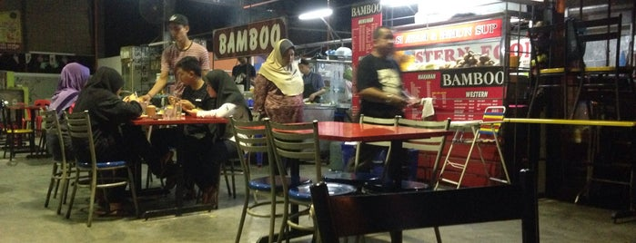 Bamboo Restaurant is one of Best food porn in Alor Setar.