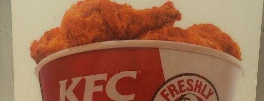 Kentucky Fried Chicken is one of Must-visit Food in Bridgeport.