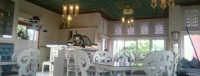 Rumeli Kasrı is one of Kahvaltı mekanları.