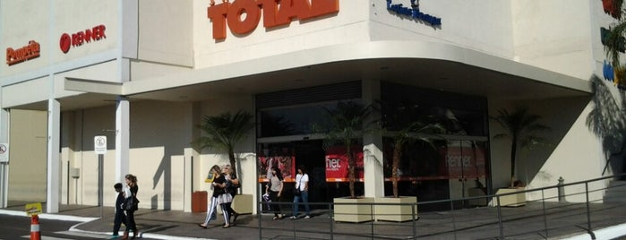 Shopping Total is one of Meus locais.