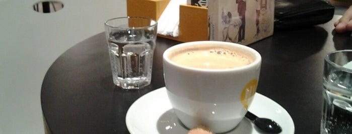 Café Cultural is one of Bairro Moinhos de Vento.